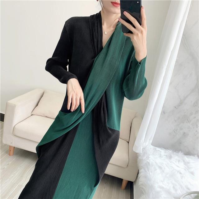 Elegant Pleated Dress Women  Hit Color Patchwork Slim Cross Design  4