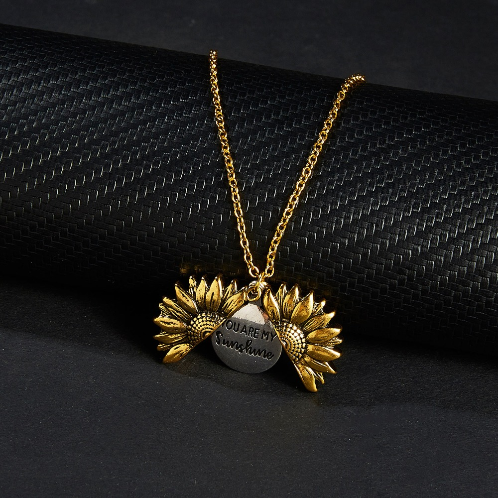2020 Gold Silver Color Open Locket Necklace Engraved You Are My Sunshine Sunflower Pendant Necklace Unique Party Jewelry Gift