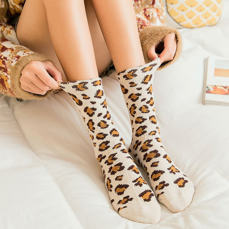 Fashion Women Leopard Print Socks Winter High Street Popular Leopard Socks Sexy Wild Trendy Animal Print Warm Socks