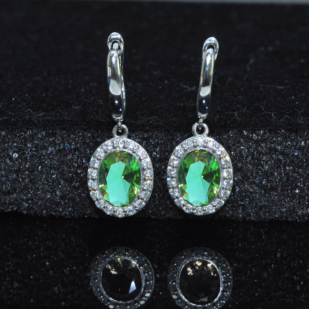 MH Zultanite Oval 6*8 Mm Gemstone Good Earring 925 Sterling Silver Created Color Change For Woman Wedding Gift Fine Jewelry Box
