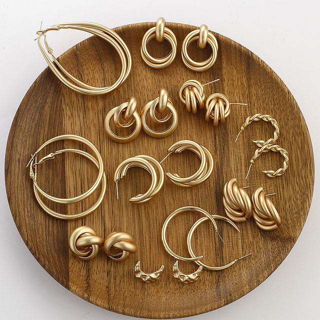 golden hoops and things 2