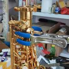Музыкальный инструмент ремонт инструмент коврик с саксофоном Подушечка для серег indent клип