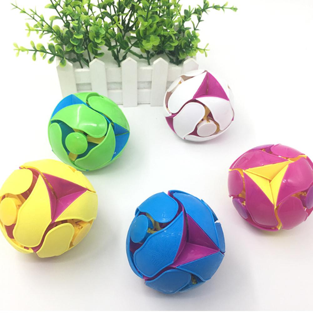 1pcs Creative Plastic Anti Stress Ball 8cm Hand Throw Color Change Ball Interactive Balls Toys For Children Educational Toys