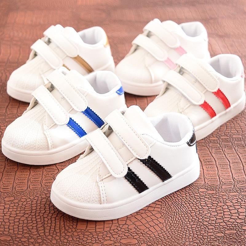 Zapatos para niños y niñas, zapatillas de deporte para niños, zapatillas antideslizantes de fondo suave, cómodas zapatillas de deporte casuales para niños pequeños, zapatos blancos planos