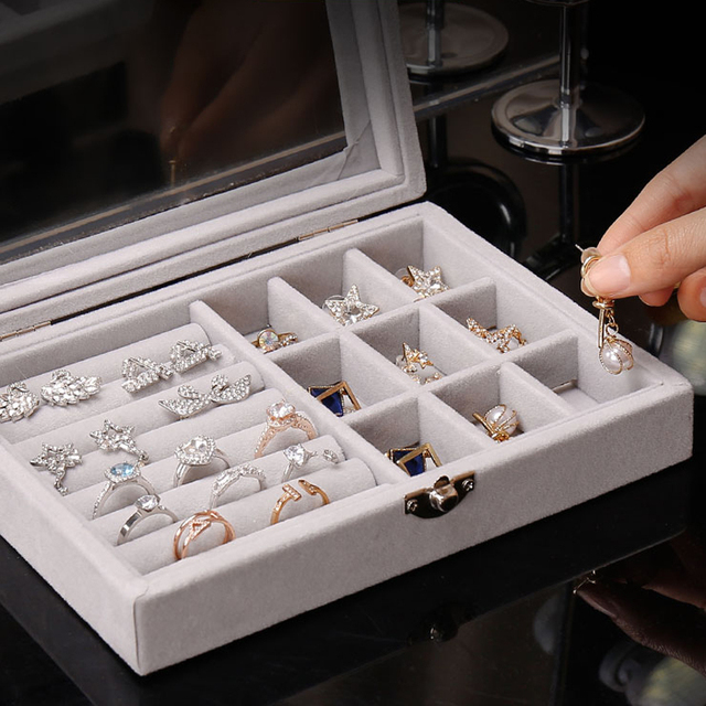 Hot Sales Fashion Portable Velvet Jewelry Ring Jewelry Display Organizer Box Tray Holder Earring Jewelry Storage Case Showcase 3