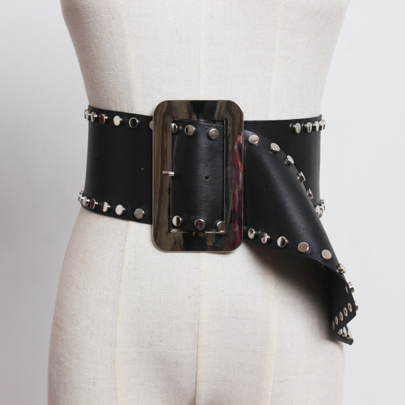 2020 New Fashion Design Spring Belts For Women Solid Black Rivets Wide Belt Metal Square Buckle Trendy Waistband Female ZK423