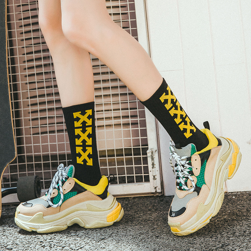 2020 New Fasahion Unisex Socks The Arrow Cross Pattern Socks Hip Hop Street Style Socks Long Socks Sports Socks Cool Socks