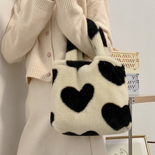 Winter Faux Fur Women Handbag Black Heart Plush Tote Bags for Women Fashion Small Clutch Purse 2021 Ladies Warm Women