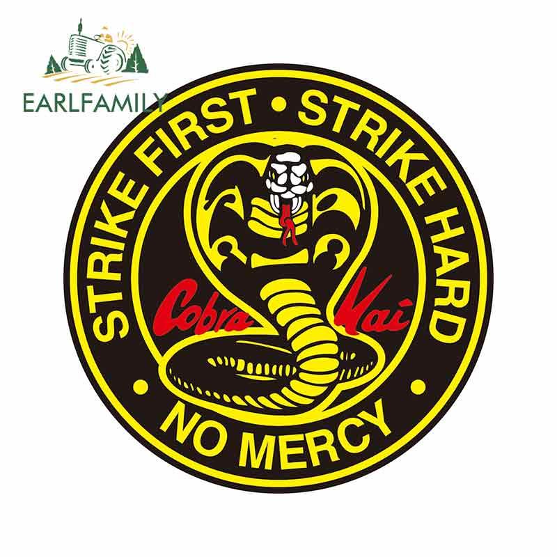 Earlfamily 13Cm Voor Cobra Kai Cirkel Logo Grote Cobra 13 Fijne Decal Waterdicht Geschikt Voor Van Rv Vinyl Auto sticker Decoratie