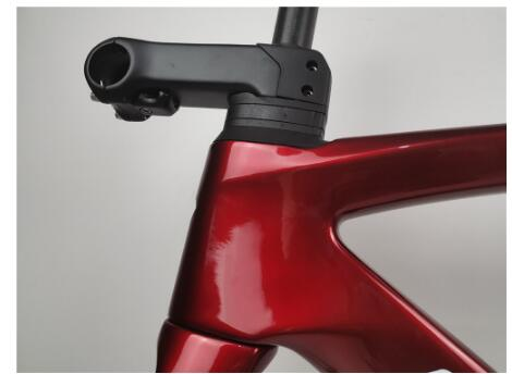 2020 New Arrival Color Disc Carbon Bike Frame Red Color With White Logo Alex 142x12mm Disc Bicycle Framework Made In Taiwan