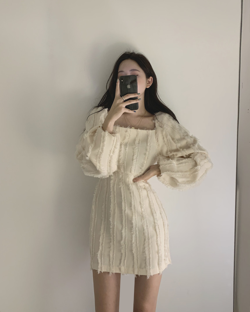 H4929112495d14bc7a4a4af38042dad0ce - Autumn Square Collar Puff Sleeves Tassel Solid Mini Dress