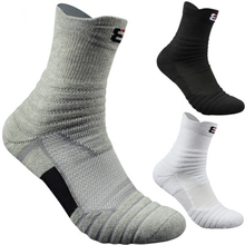 High Quality New Men Outdoor Sports Elite Basketball Socks Cycling Compression Cotton Towel Bottom Mens socks