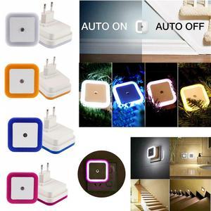 Mini lámpara LED de pared con luz nocturna y Sensor cuadrado para dormitorio, niños, habitación, pasillo, escaleras EU/US 110V 220V