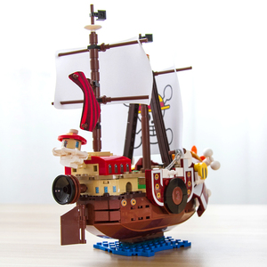 Image 4 - 432pcs One Pieces Building Blocks Thousand Sunny Pirate Ship Luffy Blocks Model Techinc Idea Figures Toys for Children