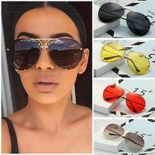 Elbru Classic Retro Oversize Sunglasses Women Metal Frame Marine Lens Pilot
