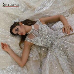 Image 1 - Abito da sposa gelinlik lüks dubai düğün elbisesi 2020 uzun dantel peçe amanda novias