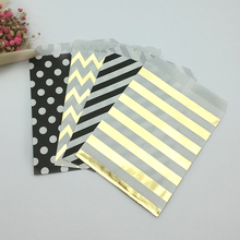 100pcs Mixed Black and Gold Polka Dot Chevron Stripes Paper Treat Bags Goody Favor Bags for Wedding Birthday Candy Sweet Packing