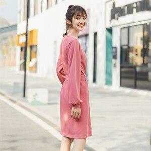 Image 2 - INMAN robe à manches longues, col ras du cou, robe littéraire à manches longues, avec ceinture, couleur Pure, printemps 2020 nouveauté