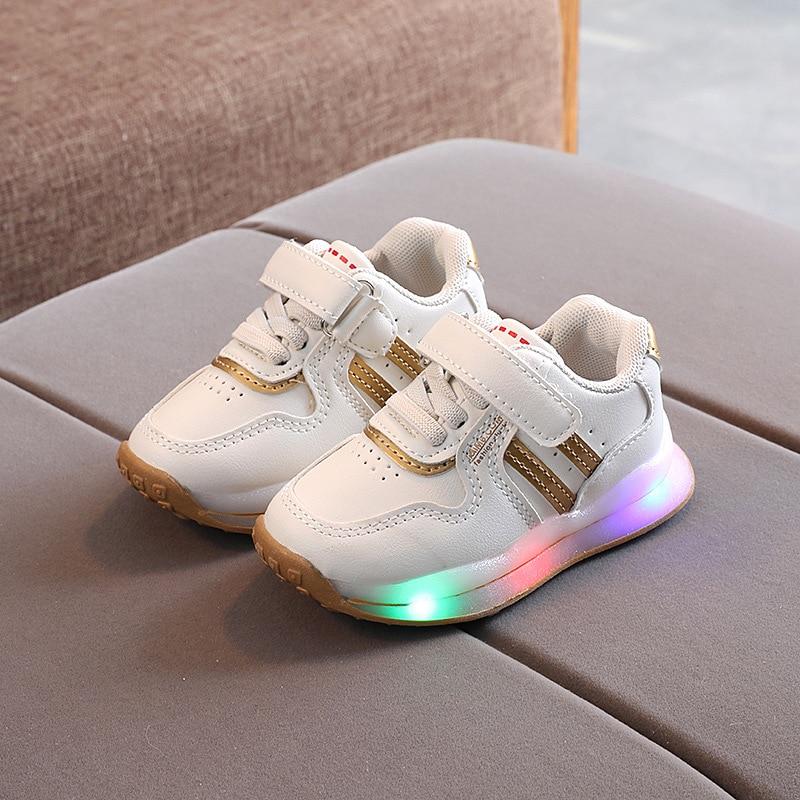 Детская весенне-осенняя светящаяся детская спортивная обувь со светодиодами, повседневная обувь для малышей для мальчиков и девочек, светя...