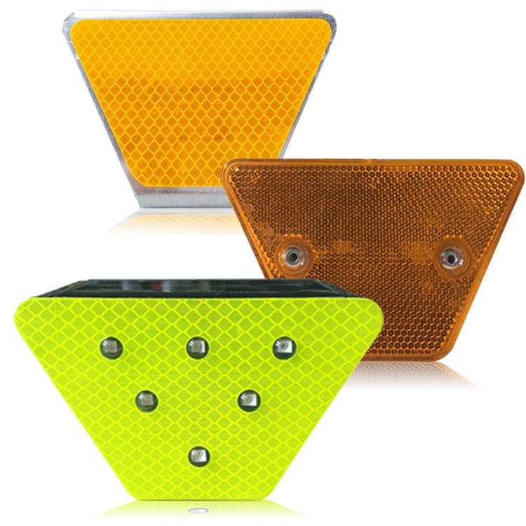 Трапециевидный делиматор двухсторонняя поверхность Прикрепленный-делиматор забор на обочине светоотражающий логотип напрямую от