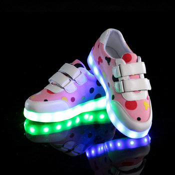 Luminous Sneakers LED Light Up Toddler Shoes For Kids Girls Boys Spring Autumn Children Shoes USB Recharge 2016 spring new arrival children led light shoes boys and girls breathable shoes kids usb charging flash colorful luminous shoes
