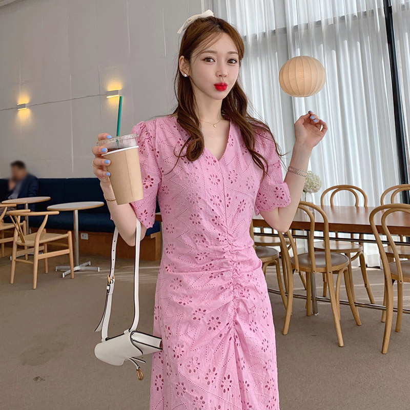 2020 summer new Korean temperament V-neck pleated waist slimming fashion dress