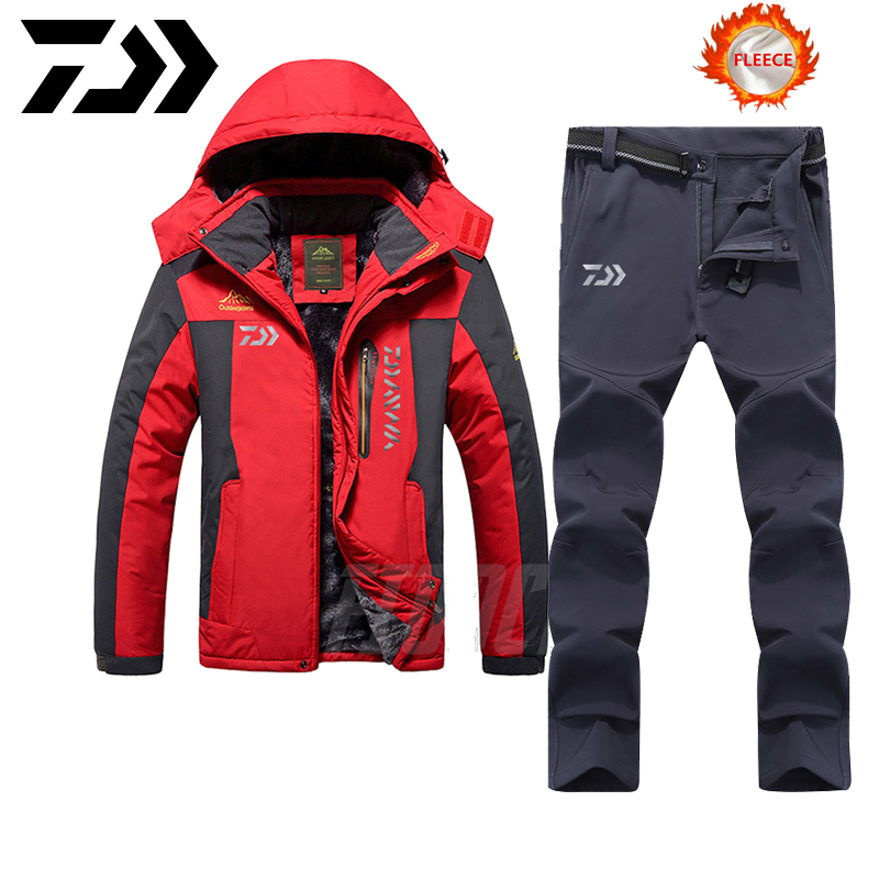 DAIWA Fishing Clothes Sets Outdoor Fishing Clothing Winter Keep-warm Men Fishing Suit Breathable Fishing Jacket Plus Velvet