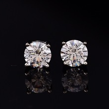 Natural Moissanite Stud Earrings for Women Men 4 Prong Setting Pure Silver Round D Color VVS Platinum Plated Earrings