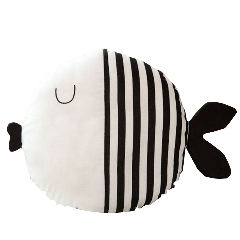 Small Fish Pillow Cushion Child Comfort Pillow With Sleep Doll Plush Fish Figurine For Children Gift
