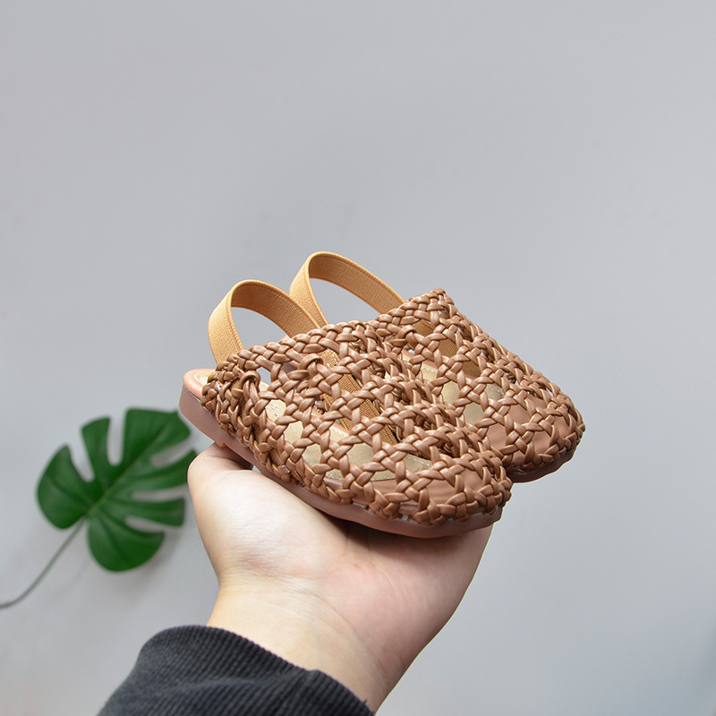 2020 New Wholesale Summer Girls Casual Sandals Princess Half Sandals Woven Cool Slippers 1-3 Years Old Baby Shoes Slides
