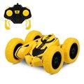С 1 шт. заряжаемой батареей 1:28 RC трюк автомобиль RC автомобиль с поворотом на 360 градусов Двусторонняя вращающаяся игрушка для детей