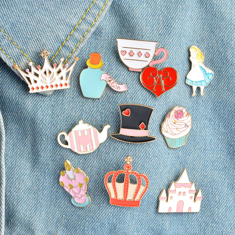 Queen Alice Wonderland Pins Brooches for women Cute Magic Hat Wishing bottle Crown enamel pin badges Jewelry Pink girl Lapel pin