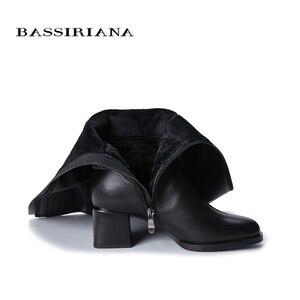 Image 3 - Botas de inverno das mulheres novas BASSIRIANA2019. Pele natural quente. Luta de pele. Parte inferior antiderrapante de borracha. Sapatos baixos.
