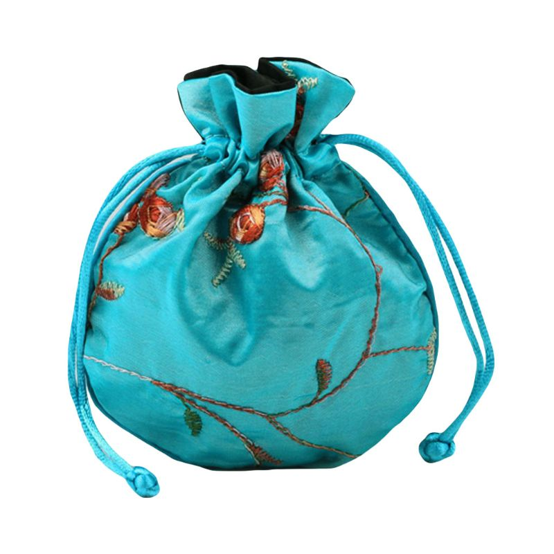 2020 New 1pc Traditional Silk Travel Pouch Classic Chinese Embroidery Jewelry Packaging Bag Organizer Handbags
