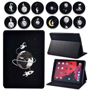 Etui na Tablet Apple IPad 2 3 4 IPad Mini 1 2 3 4 5 ipad 8 iPad Air 2 3 iPad Pro astronauta Series skórzany pokrowiec na Tablet tanie i dobre opinie Gybetty Osłona skóra 7 9 inch 9 7 inch 10 2 inch 10 5 inch 11 inch CN (pochodzenie) Drukuj Dla apple ipad Moda Odporny na wstrząsy