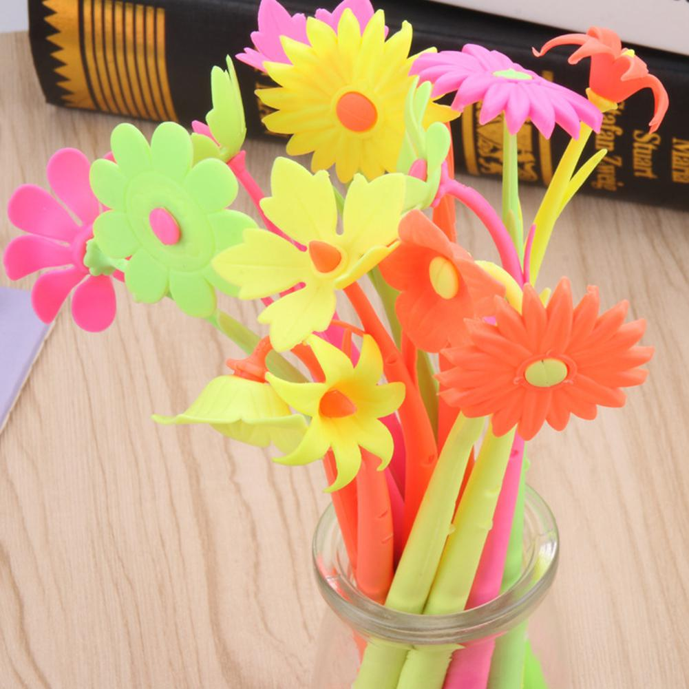 Random Color Cartoon Flower Shape Soft Gel Pen Sign Pen