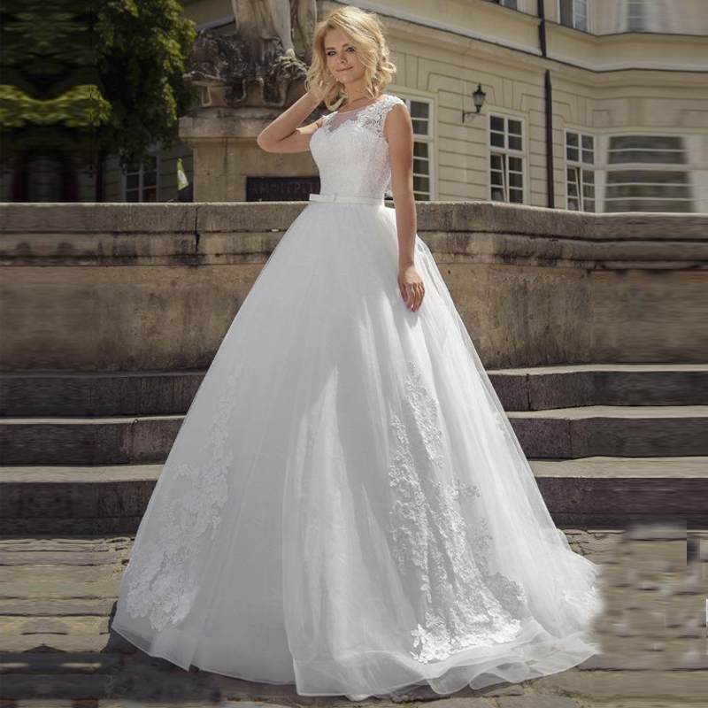 Fascinating Tulle Scoop Neckline  Lace Applique A-Line Wedding Dresses With Bow Belt Custom Wedding Dress Ball Gown
