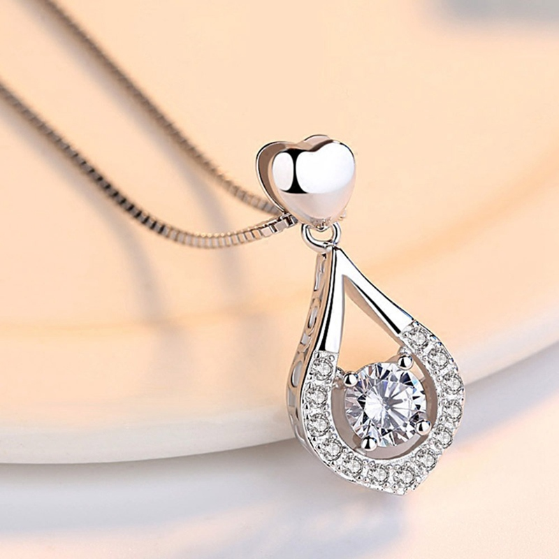 Twinkling Heart Waterdrop Stone Necklace superproductonline