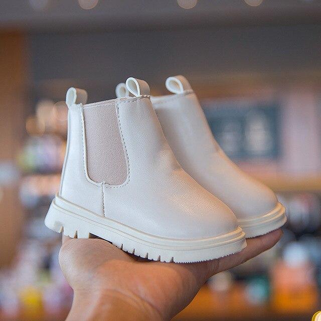 детская обувь для девочек; зимние ботинки; женская детская обувь; фотография
