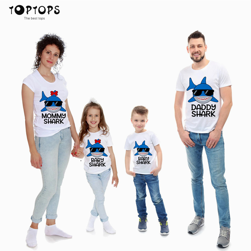 Shark Family Print Family Matching Clothes Women Day Mom Daughter Baby Boy Girls Dad Son Short Sleeve Valentine Top T-shirt