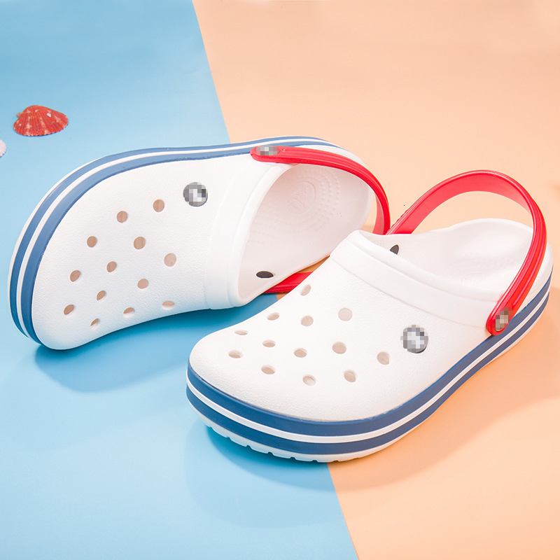 2019 Summer Women's Sandals Fashion Hollow Out Breathable Beach Slippers Carved Wing Pattern Shoes Lovers' Non-slide Low Shoes