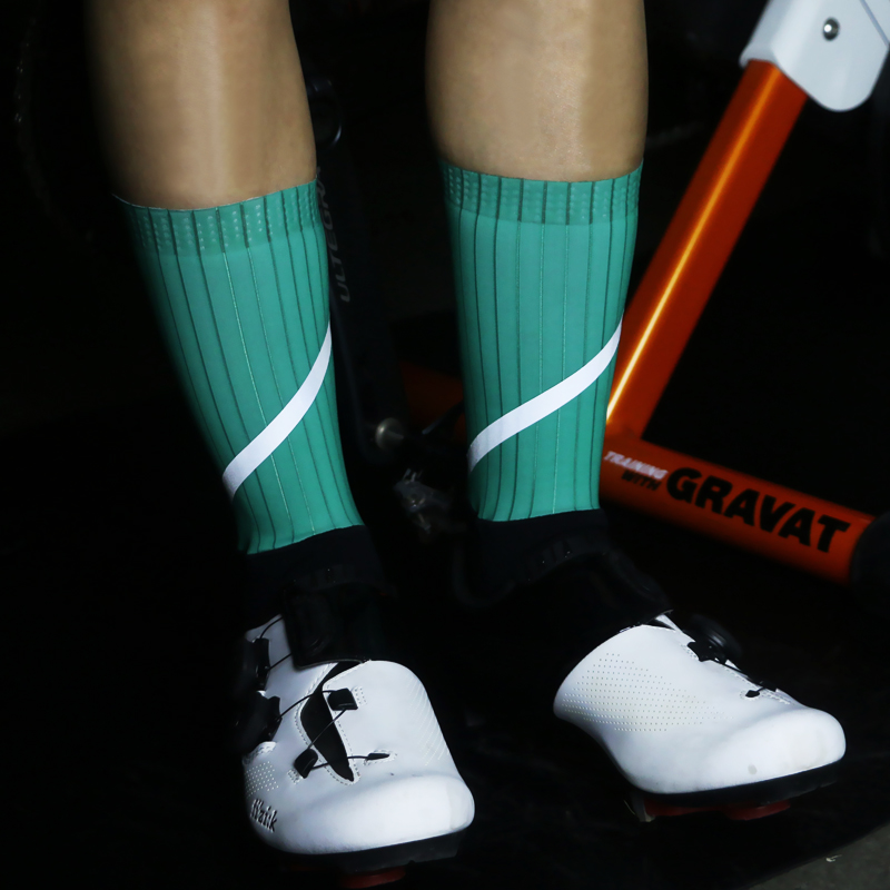 New Professional Cycling Socks Functional Fabric Men Women Running Socks Anti Slip Bicycle Compression Reflective Sports Socks