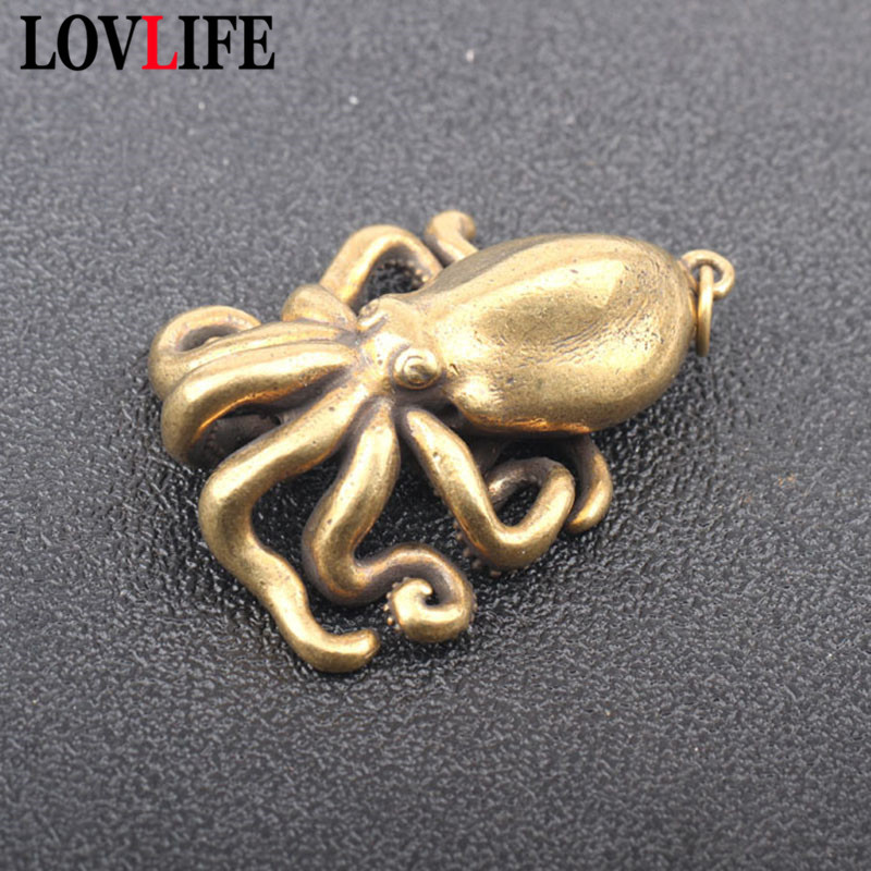 Pure Copper Solid Octopus Pendant Decorations Vintage Brass Fish Animal Cuttlefish Key Chain Ring Hanging Jewelry Small Ornament