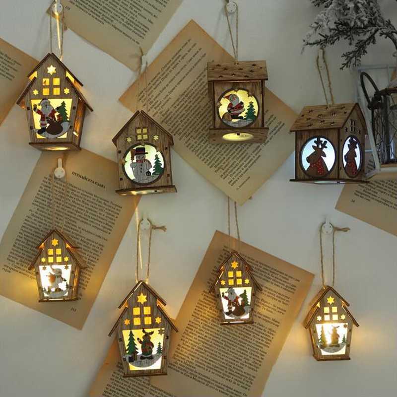2019 Navidad nueva decoración de madera Luz de cabina con luces colgantes adornos de árbol de Navidad DIY diseño de escena de casa pequeña