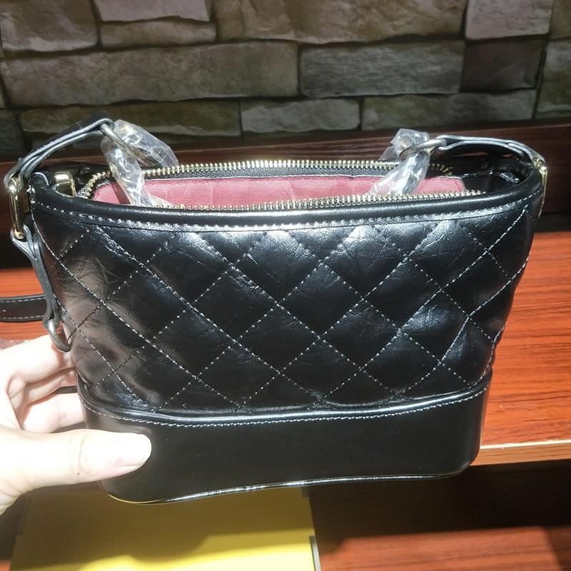 Célèbre marque femmes sacs à main petits sacs Hobo avec Logo épaule sac à bandoulière or-ton et argent-ton chaîne femme sac concepteur
