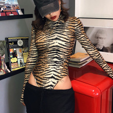 2019 冬の女性のセクシーなボディスーツ秋のファッションカジュアル長袖タイガーヒョウプリントタートルネックボディコン女性
