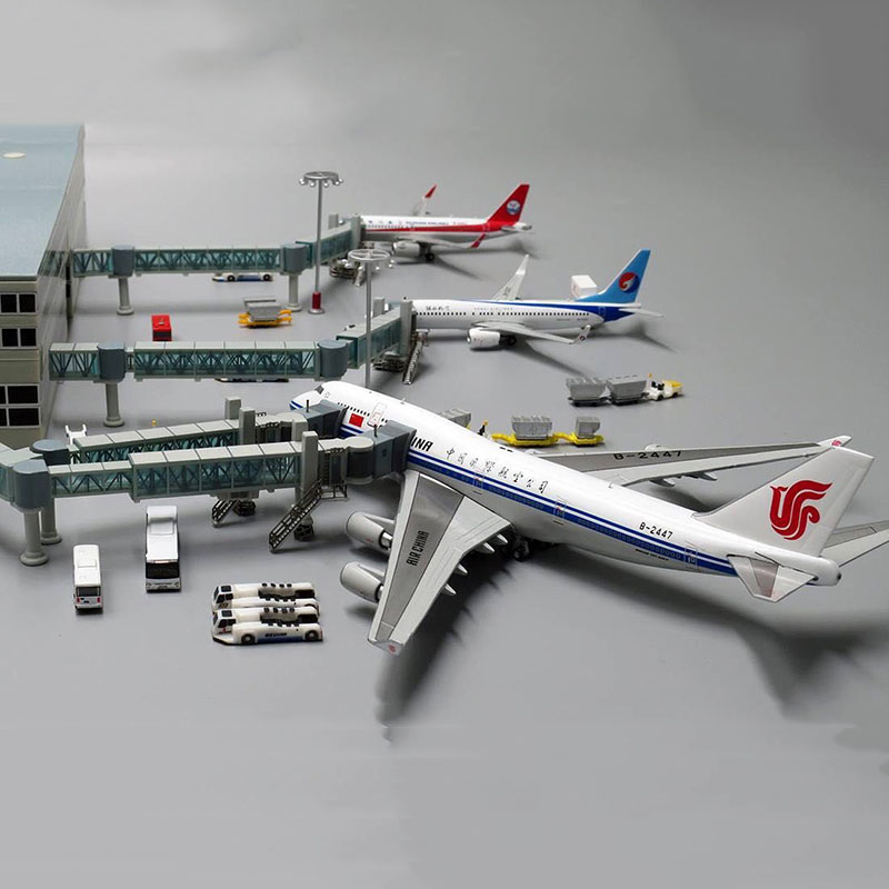 1:400 Airport Passenger Boarding Bridge Single/Dual Channel For Airbus A380 Model Wide Body Aircraft Plane Scene Display Toy