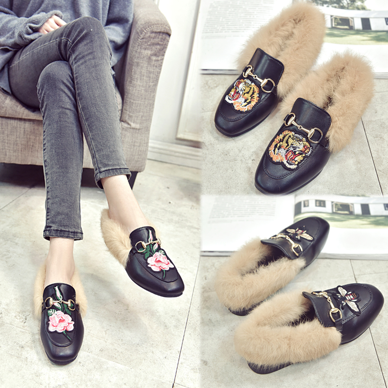 2019 Moccasins Womens Shoes Womens Fashion Sneakers Little Bee Tiger Embroidery Plus Velvet Warm Cotton Snow Boots Running Shoes