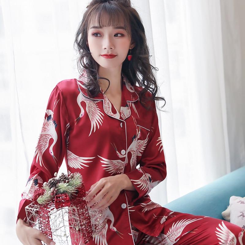 2020 Spring Women's Pajamas Sets With Flower Print Fashion Luxury Female Faux Silk Two Pieces Top + Pants Nighties Sleepwear
