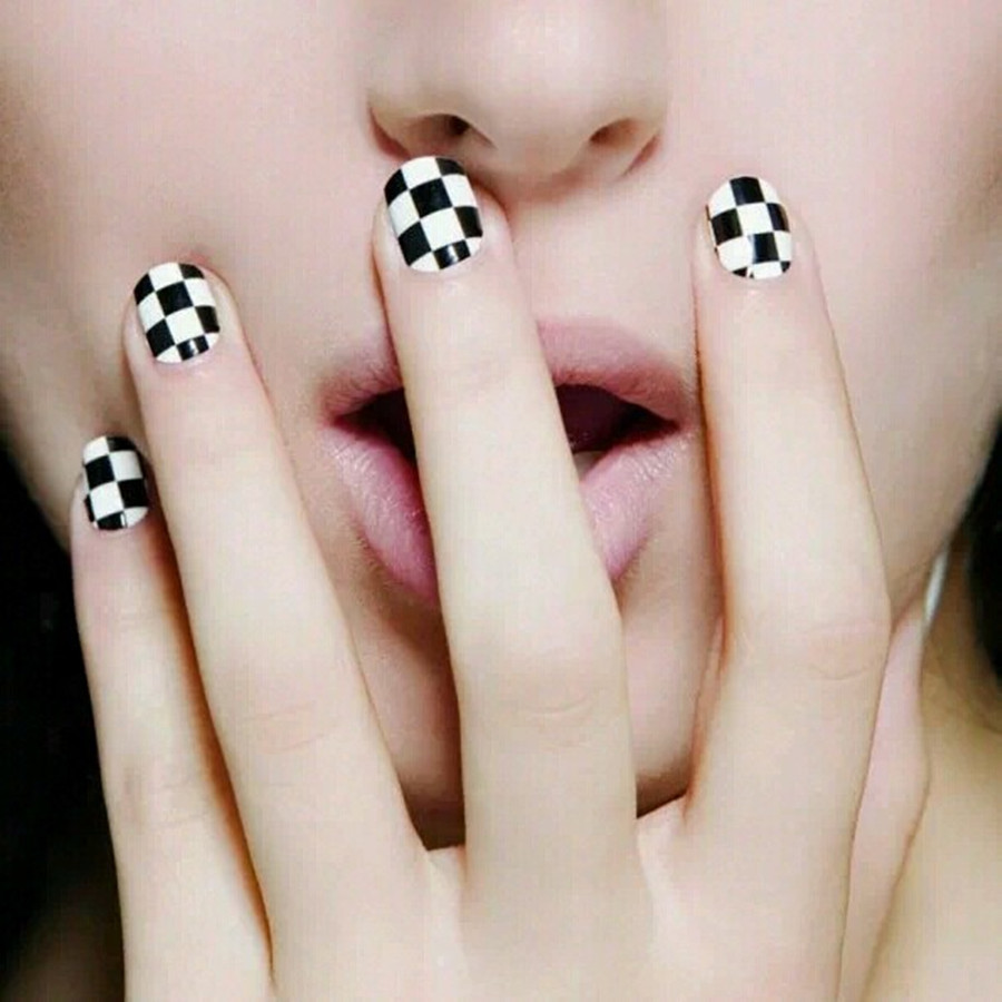 Manufacturers Sell Manicure Only Safe Viscous Strong Durable Pregnant Women Usable Black And White Lattices Cool Nail Sticker